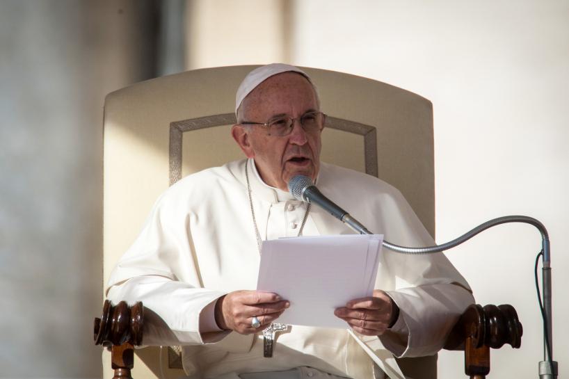 Watykan: Papież życzy Polakom Bożego odpoczynku wakacyjnego
