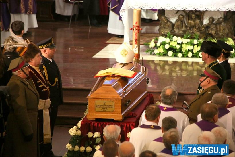 Bp Ignacy Dec: Byłeś prawym człowiekiem, autentycznym chrześcijaninem, prawdziwym ojcem, bratem, pasterzem i przyjacielem każdego człowieka [FOTO]