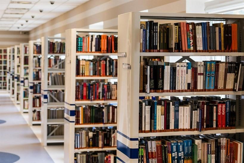 Łomża: Miejska biblioteka zmienia system