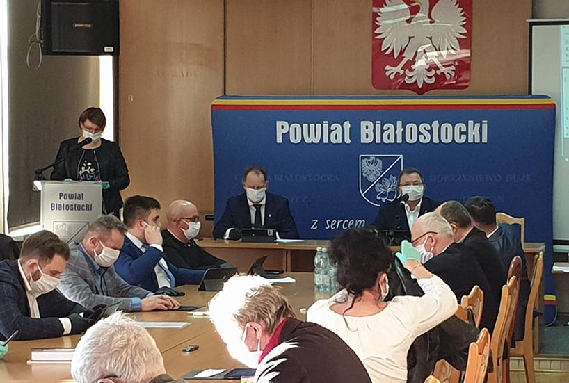 Koronawirus: Powiat białostocki przekaże pieniądze na rzecz łomżyńskiego szpitala