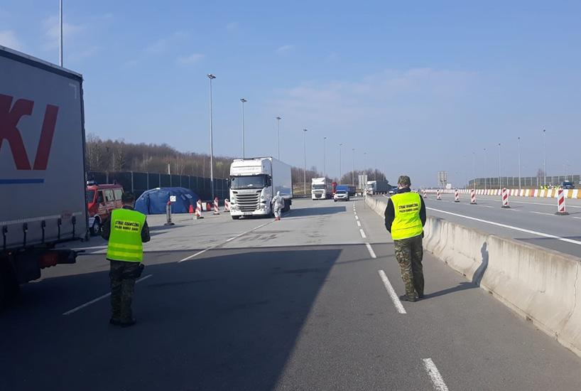 Straż Graniczna: kierowcy realizujący międzynarodowy transport drogowy towarów, są zwolnieni z kontroli na granicy