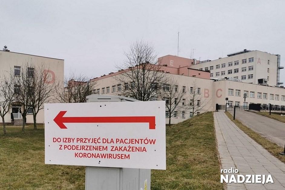 Łomża: Mniej łóżek covidowych w szpitalu
