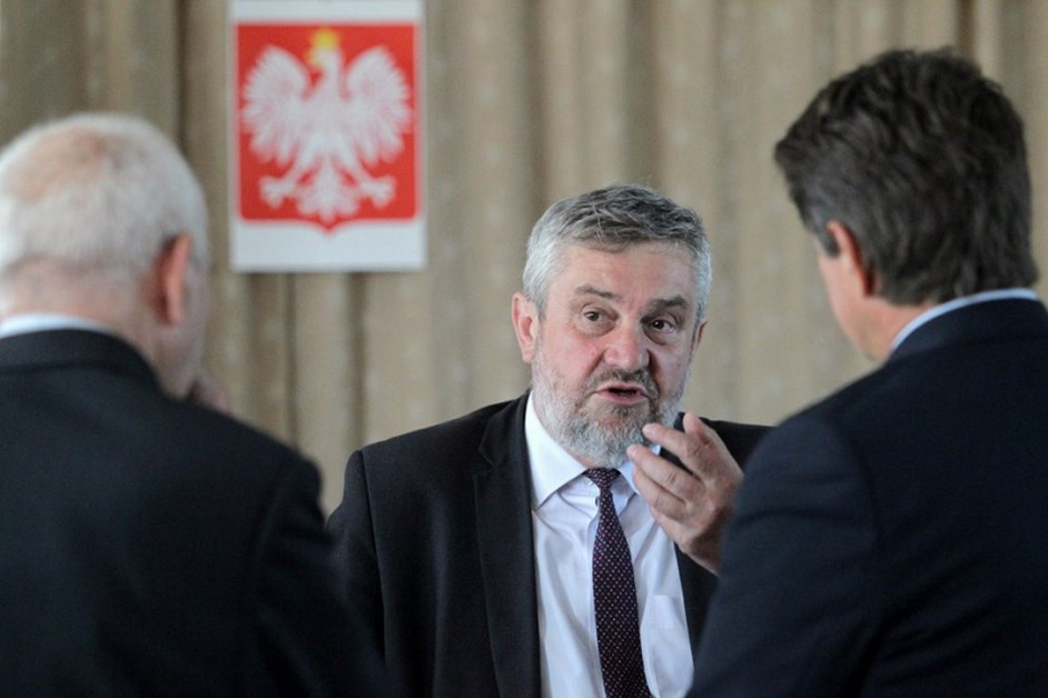 Minister rolnictwa: 280 mln zł pomoc suszowej trafi do rolników