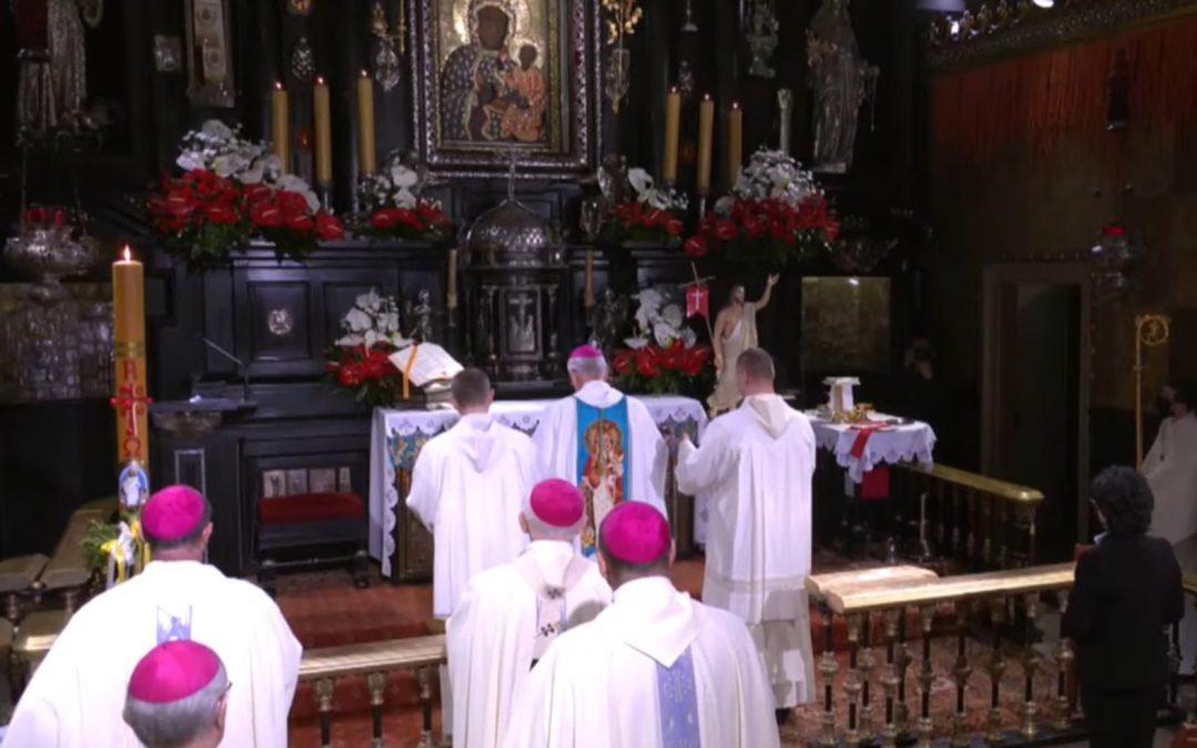 Przewodniczący Episkopatu dokonał zawierzenia Polski Chrystusowi i Matce Bożej