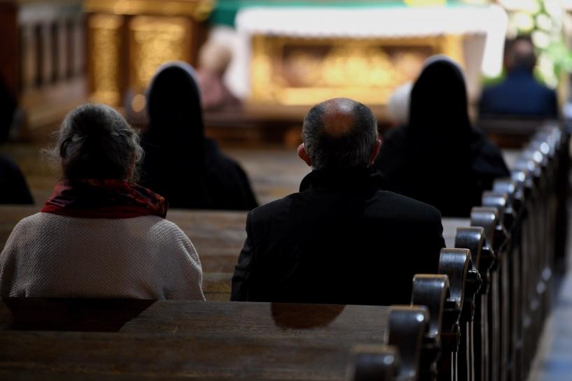 KAI: Religijność Polaków spada
