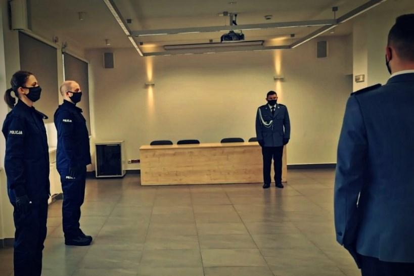 Łomża: Nowi funkcjonariusze wstąpili w szeregi policji