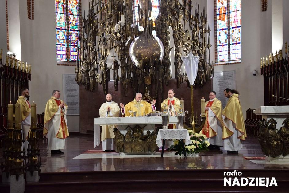 Diecezja łomżyńska. Jak będzie wyglądać Wielki Tydzień w Kościele? Biskup wydał wskazania