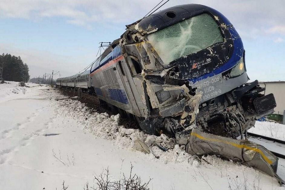 Region. Wypadek na przejeździe kolejowym k. Grajewa – są zarzuty dla kierowcy ciężarówki