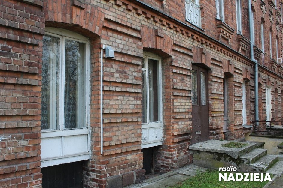Ostrołęka: Dalsze konsultacje nad remontem kamienicy