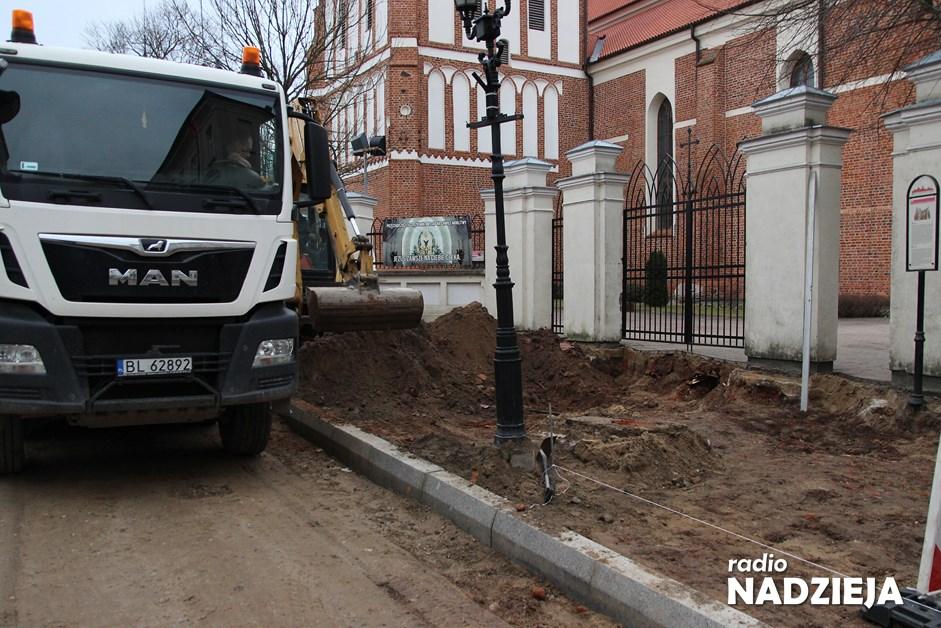 Łomża: Drogowcy wznowili prace na ulicy Dwornej