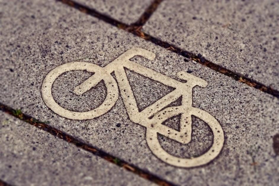 Ostrołęka: Rowerzysta potrącony na przejściu dla pieszych