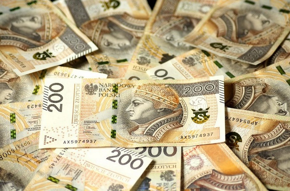 Powiat wyszkowski. Seniorka straciła przez wnuczka 40 tysięcy złotych
