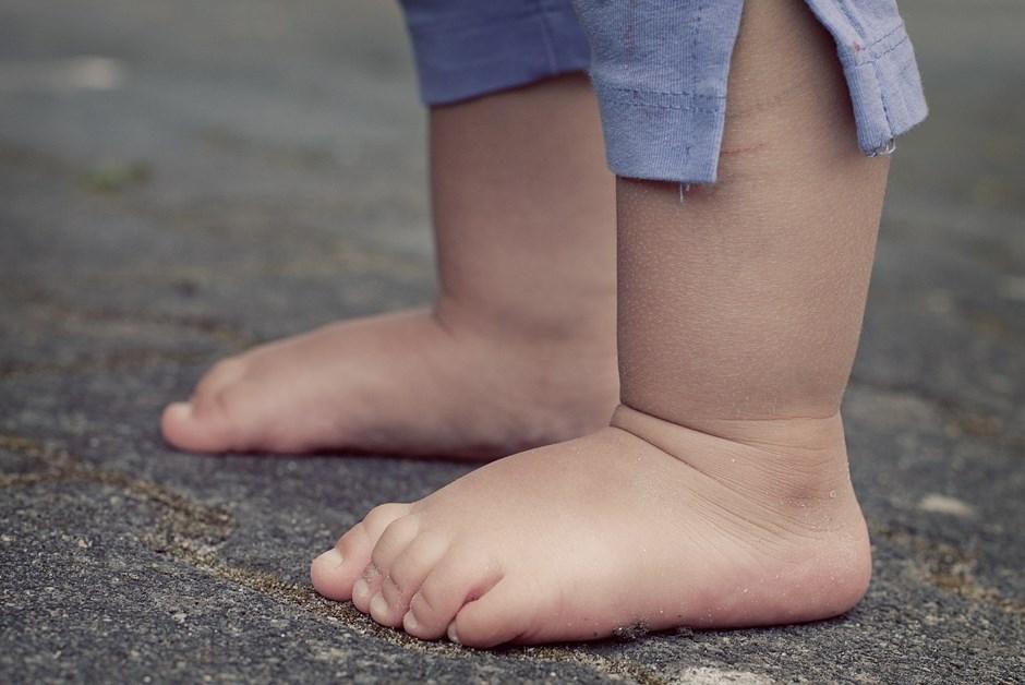 Ostrołęka: Dwulatek porażony prądem