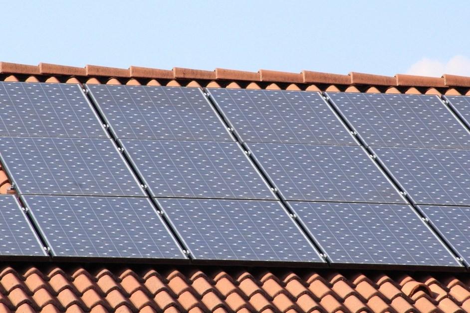 Łomża: Na budynkach ŁSM będzie więcej instalacji fotowoltaicznych