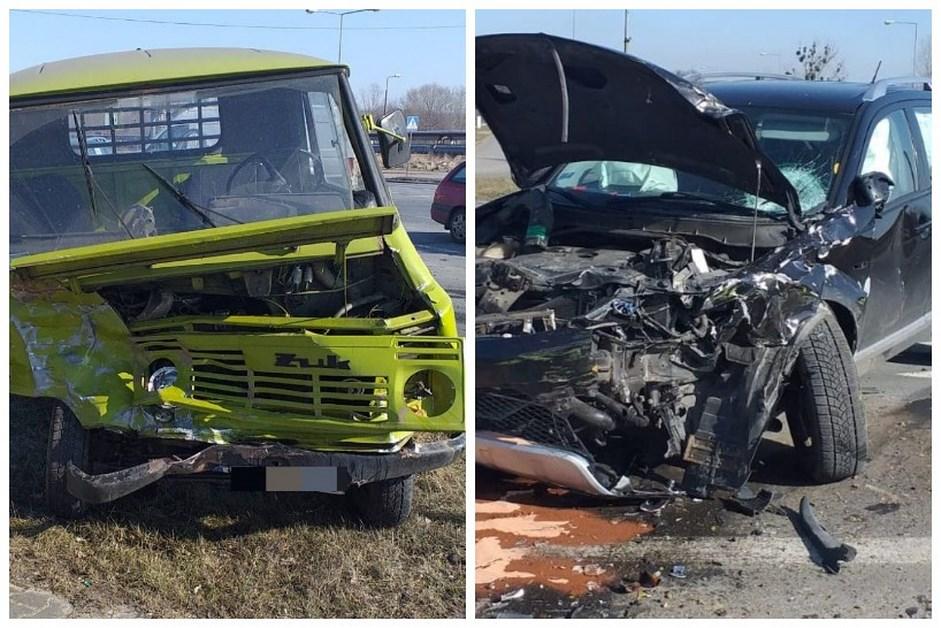 Ostrołęka: Wypadek na skrzyżowaniu. Kierowca żuka nie ustąpił pierwszeństwa