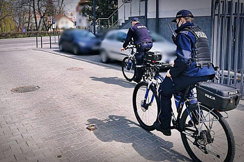 Łomża: Funkcjonariusze na rowerach patrolują miasto
