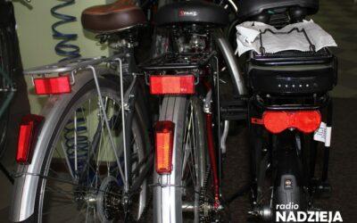 Łomża: Policjanci przypominają o znakowaniu rowerów