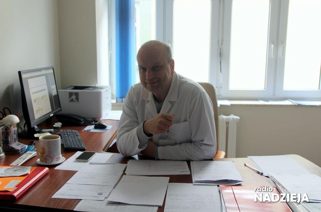 GD: Dr Dariusz Bojanowski, ordynator ortopedii w ostrołęckim szpitalu