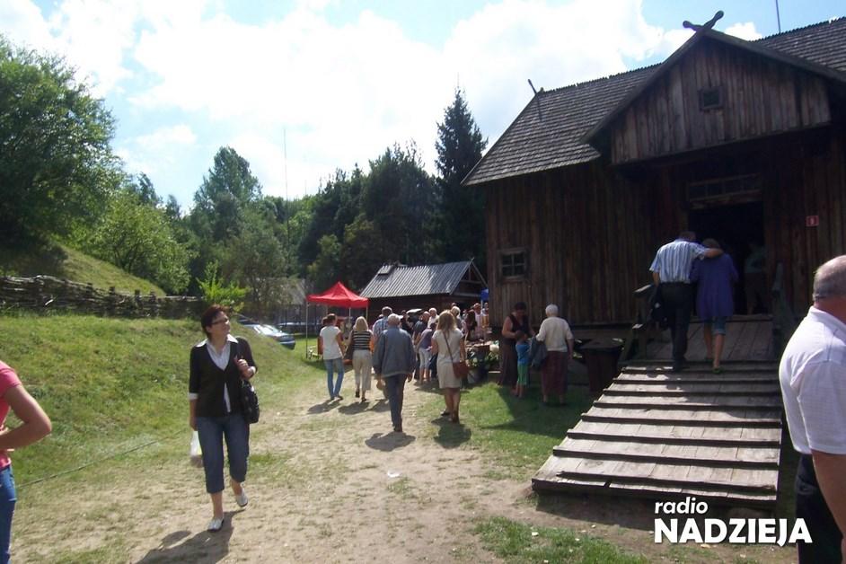Nowogród: Skansen zaprasza na spotkanie z twórcami Kurpiowskiej Puszczy Zielonej