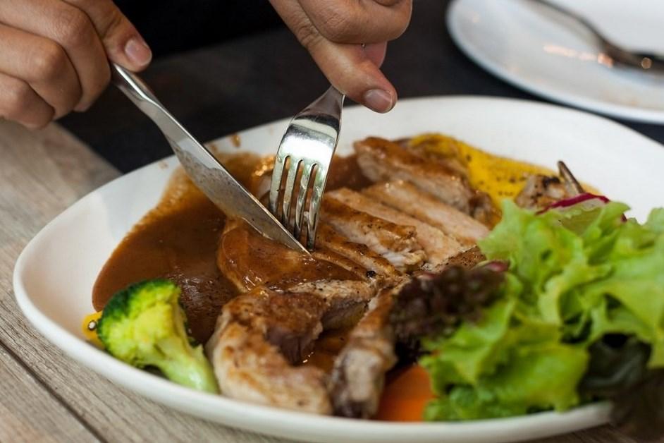 W piątek w Oktawie Wielkanocy nie obowiązuje wstrzemięźliwość od pokarmów mięsnych