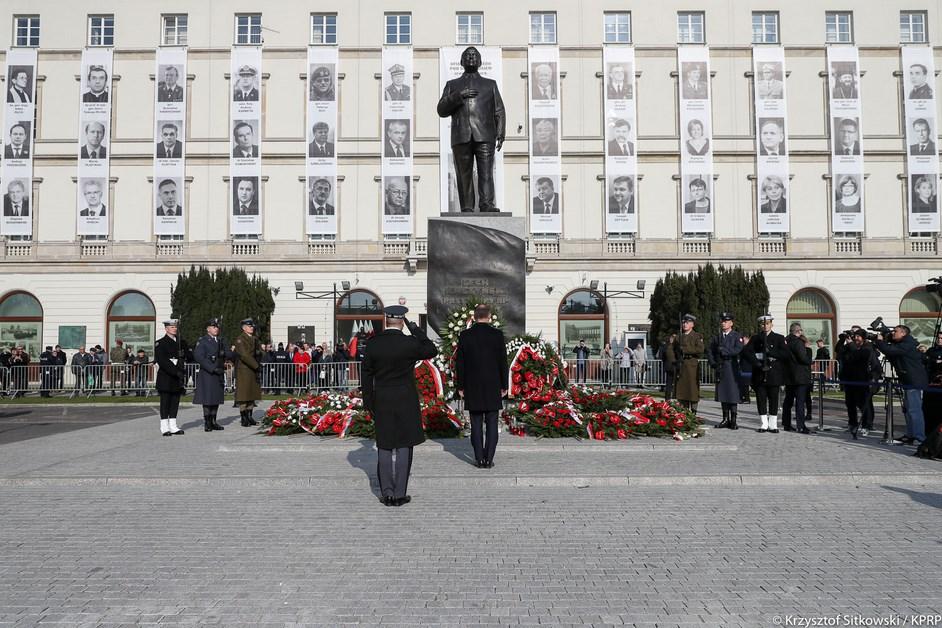 Kraj: 11. rocznica Katastrofy Smoleńskiej