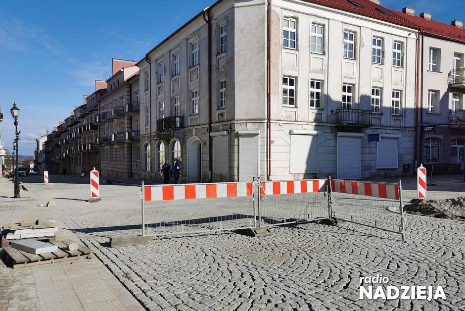 Łomża: Kończy się remont ulicy Dwornej