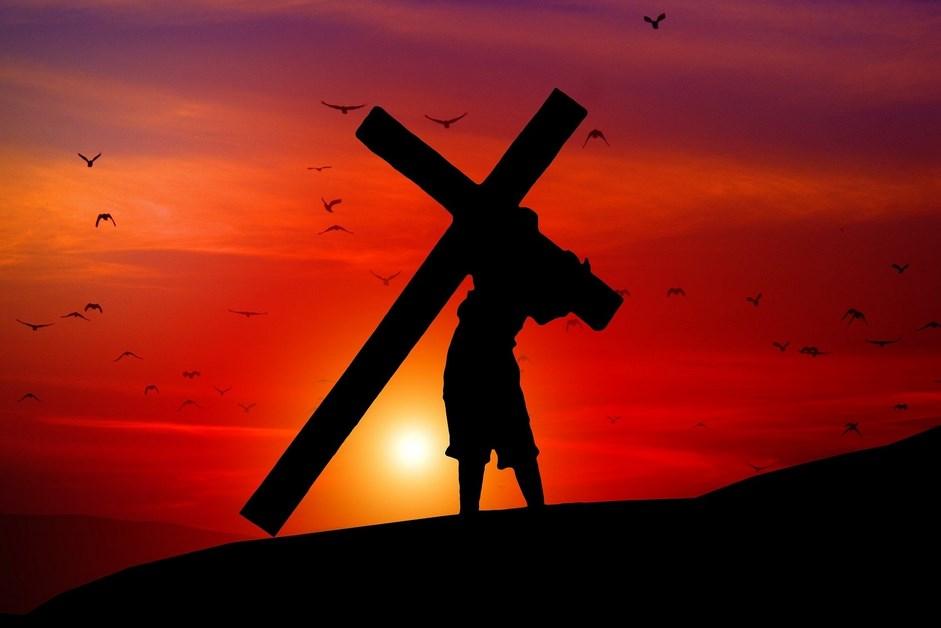 Droga Krzyżowa w Radiu Nadzieja – rozważania ks. Tomasza Wilgi