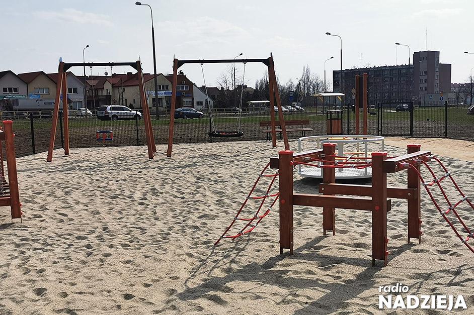 Łomża: Kolorowy Mini Park zachęca najmłodszych