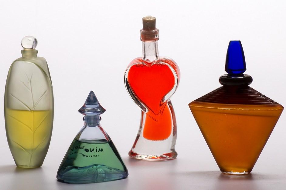 Łomża: Skradzione perfumy ukryła w wózku dziecięcym