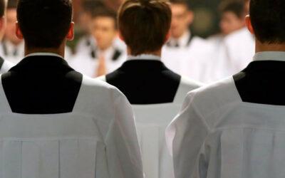 Wiara: W życie wchodzi dokument o formacji prezbiterów w Polsce