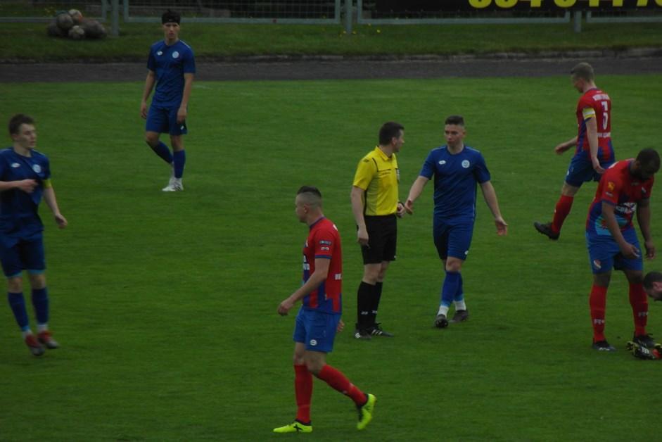 Piłka nożna: Pół tuzina goli w Grajewie