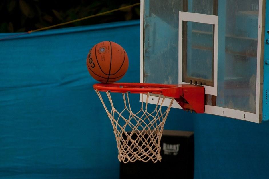 Koszykówka: UKS 4 Łomża powalczy o finał MP