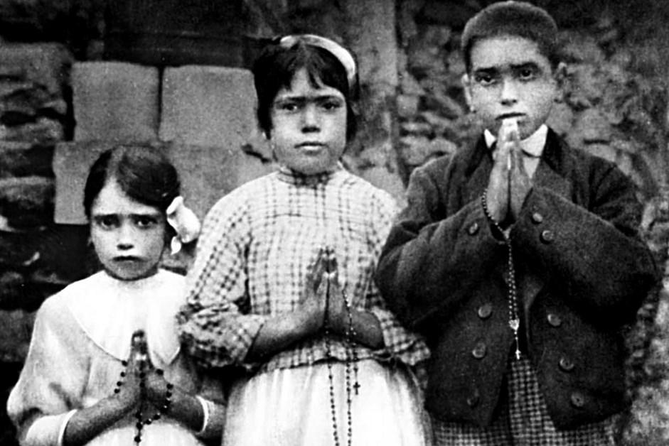 Wiara: Mija 104. rocznica objawienia Maryi w Fatimie