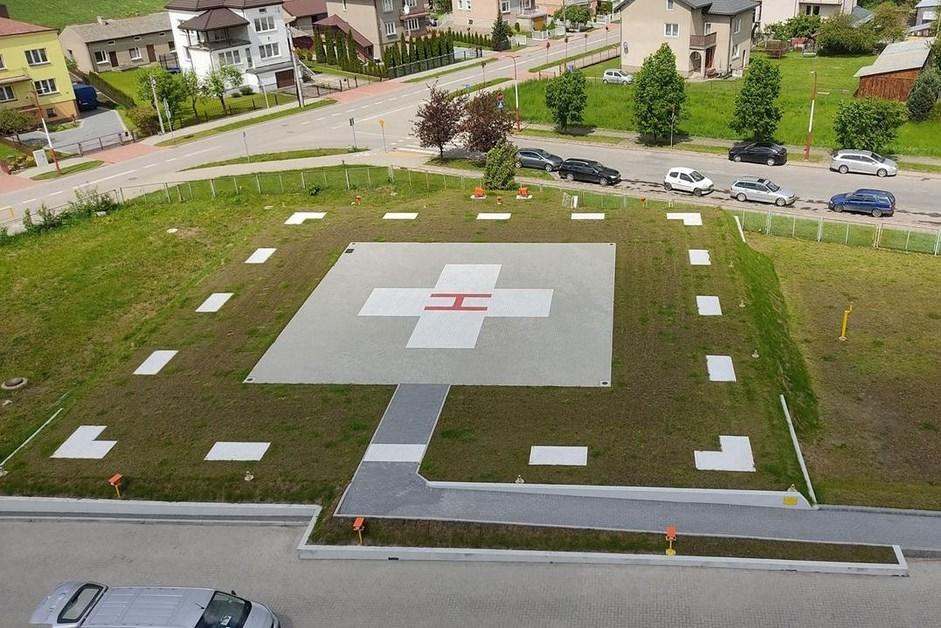 Łapy: Otwarto przyszpitalne lądowisko dla helikopterów