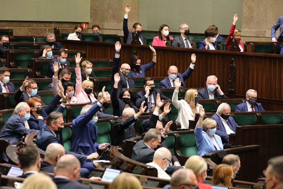 Fundusz Odbudowy: Sejm przegłosował ustawę