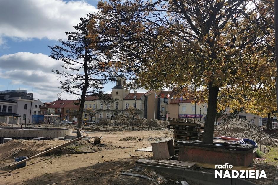Łomża: Stary Rynek musi mieć zieleń i drzewa