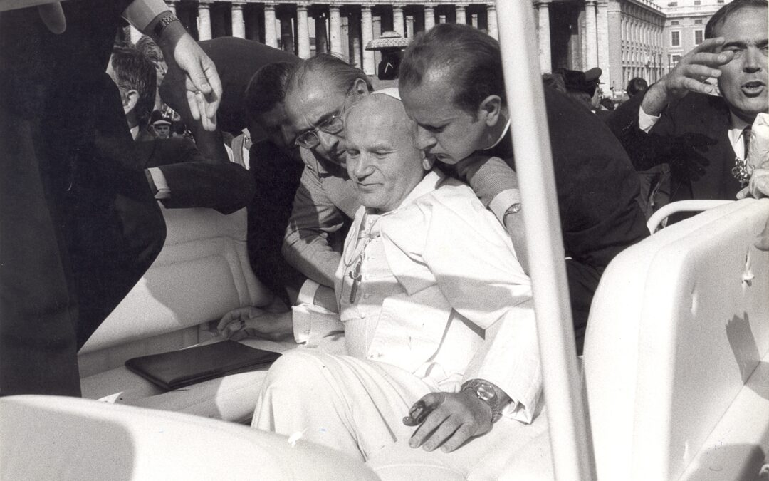 Wiara: Zamach na Jana Pawła II – wstrząsające pamiątki wydarzenia sprzed 40 lat