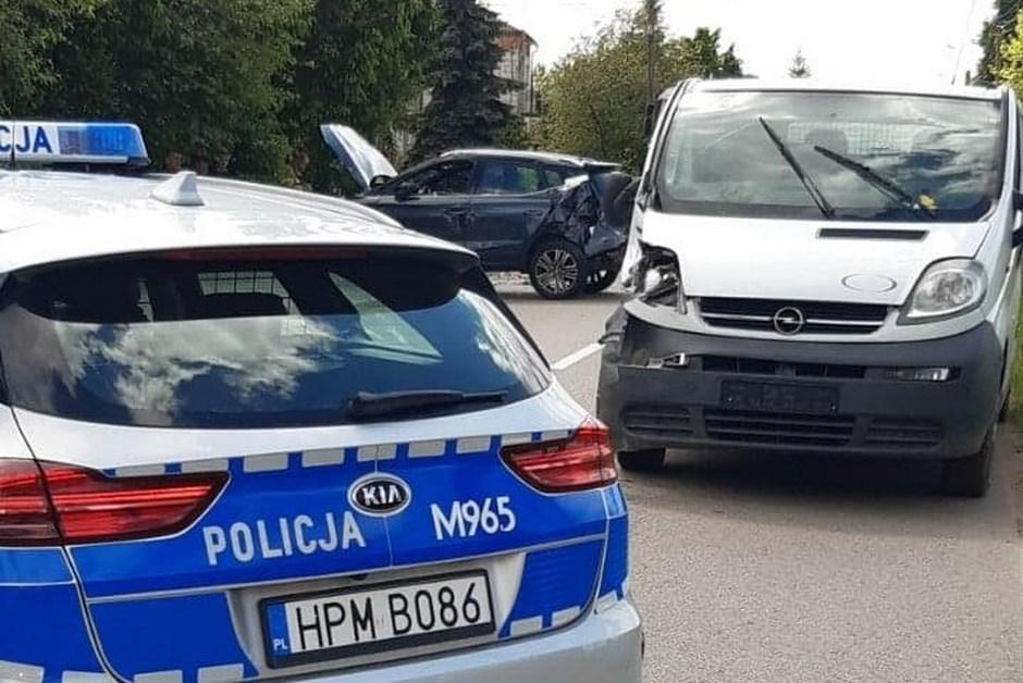 Powiat wysokomazowiecki: Zderzenie dwóch samochodów osobowych