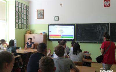 Mazowsze: Nowy sprzęt komputerowy trafi do szkół