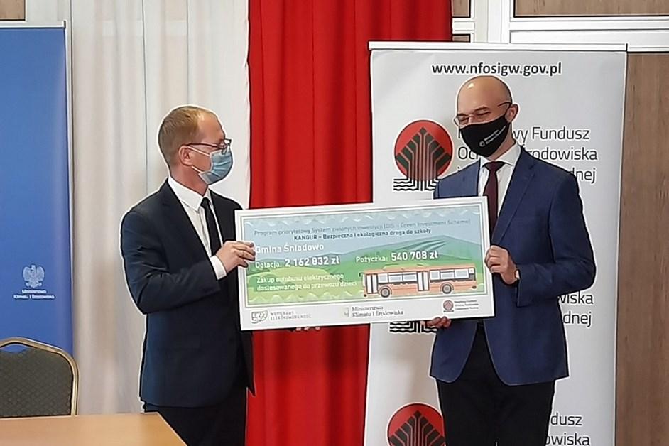 Gmina Śniadowo: Samorząd stawia na elektryczny autobusy