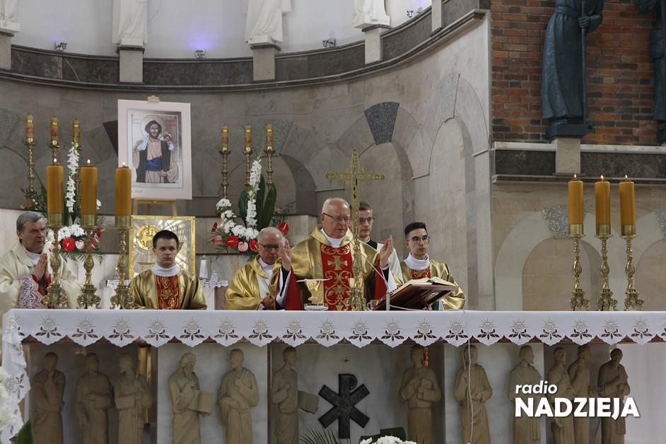 Wiara: Jubileuszowe świętowanie w Sanktuarium Miłosierdzia Bożego w Łomży