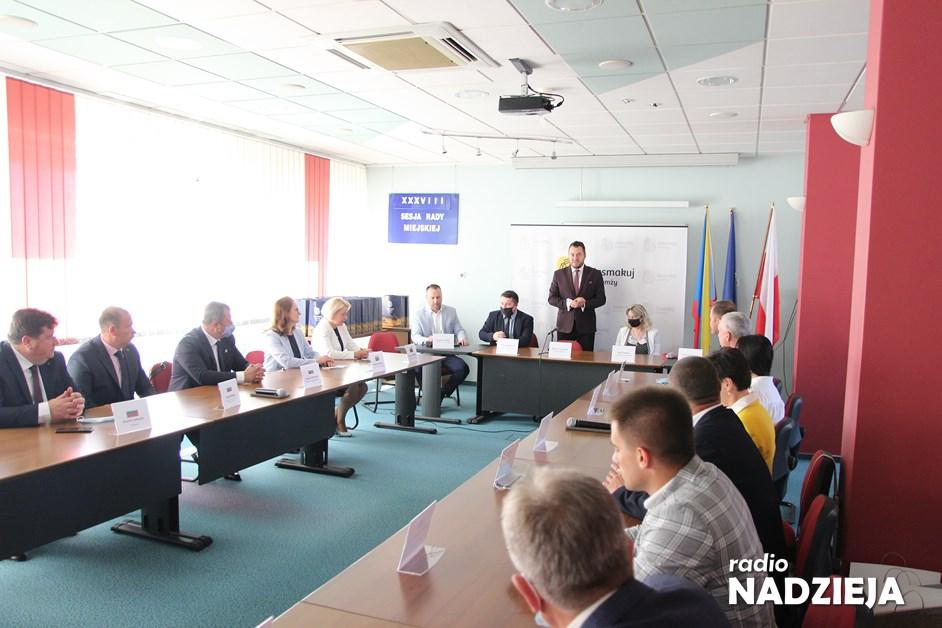 Łomża: Delegacje miast partnerskich spotkały się w ratuszu