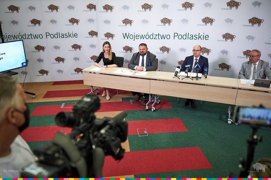 Podlaskie: Zarząd Województwa podsumował połowę swojej kadencji