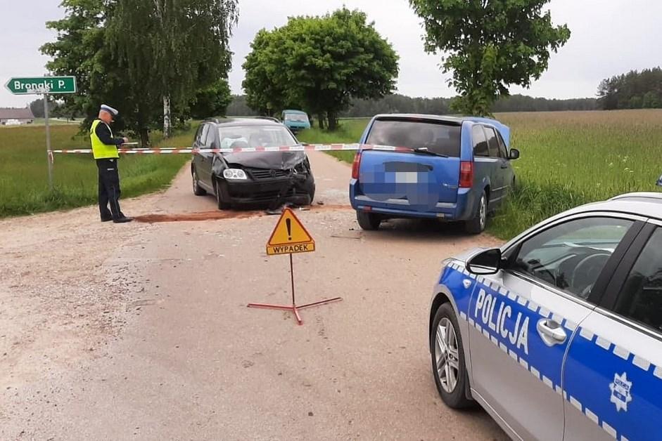 Powiat łomżyński: Wymuszenie pierwszeństwa. Trzy osoby w szpitalu