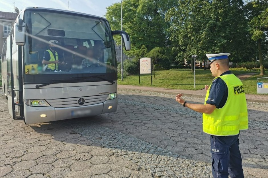 Region: Policja kontroluje autobusy