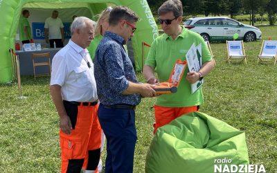 Łomża: Miasto otrzymało defibrylator