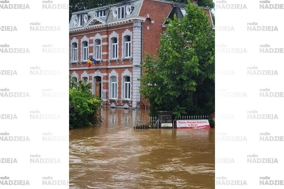 Powódź w Comblain-la Tour: Wśród osób, które tam utknęły są mieszkanki Łomży
