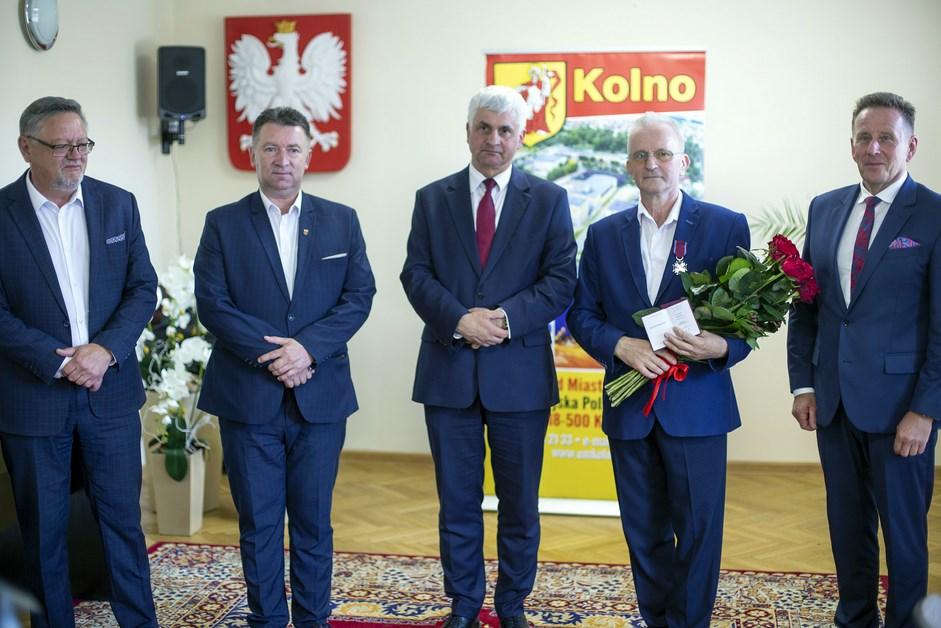 Powiat kolneński: Sylwester Nicewicz ze Srebrnym Krzyżem Zasługi