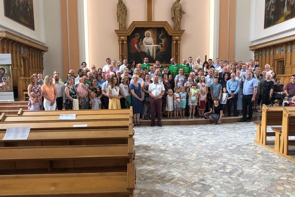 Wiara: Małżeństwa Kościoła Domowego rozesłane na wakacyjne rekolekcje