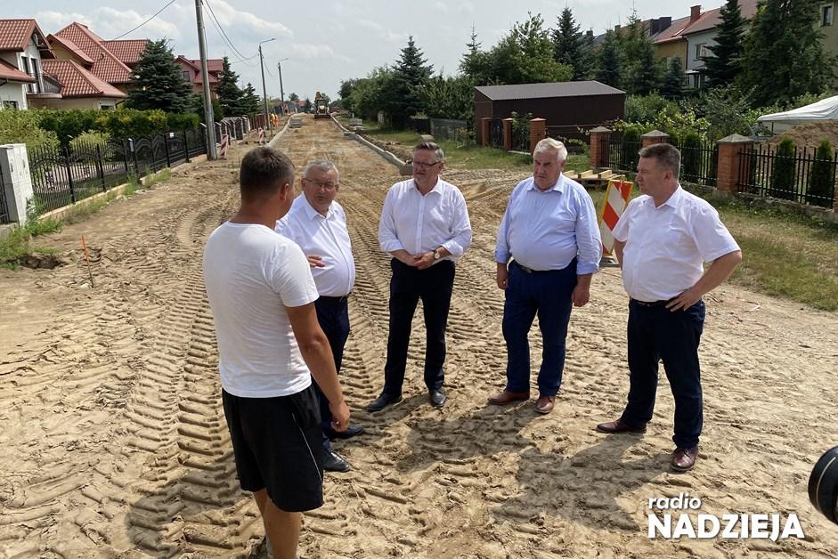 Kolno: Minister Adamczyk wizytował inwestycje drogowe
